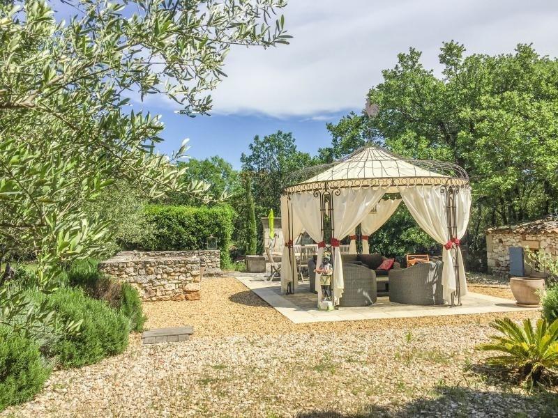 Venta de prestigio  casa Uzes 953000€ - Fotografía 14