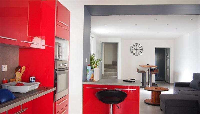 Sale house / villa Le cailar 227000€ - Picture 2