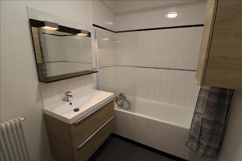 Rental apartment Maurepas 680€ CC - Picture 3
