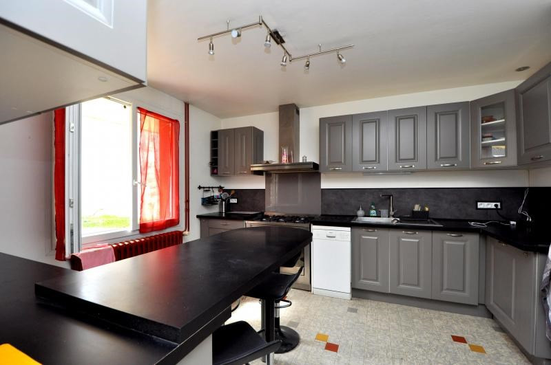 Sale house / villa Dourdan 299000€ - Picture 6