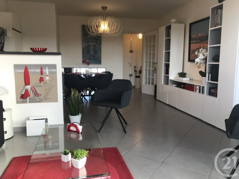 Sale apartment Deauville 299 000€ - Picture 3