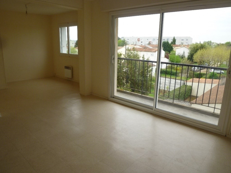 Sale apartment Cognac 55 000€ - Picture 1