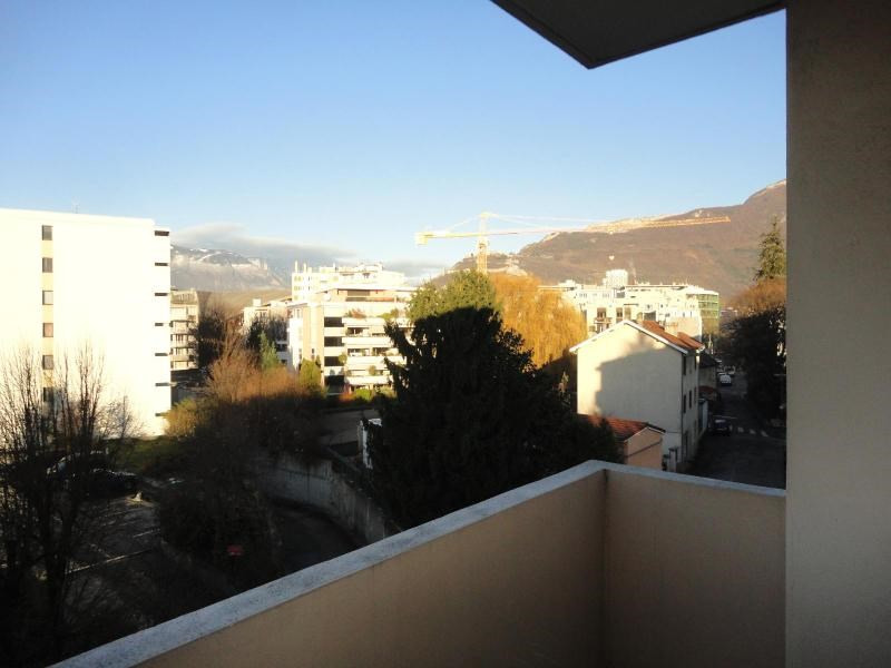 Location appartement Grenoble 710€ CC - Photo 1