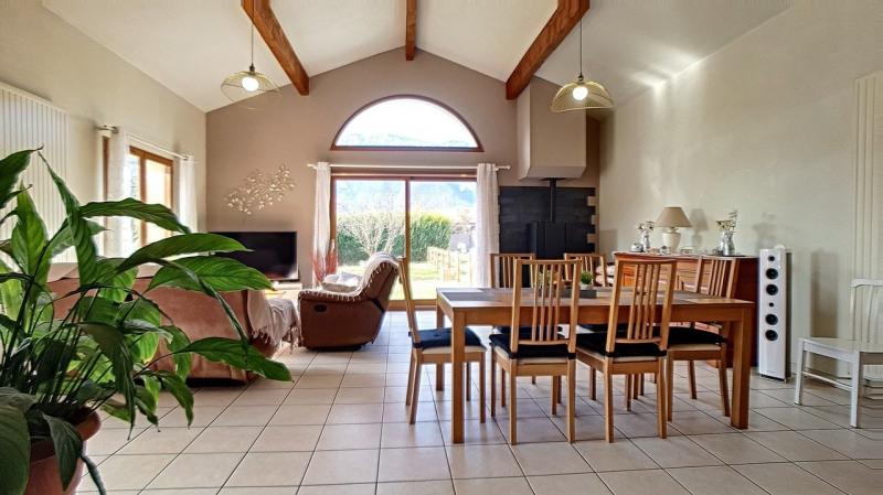 Appartement en rez-de-jardin dans maison