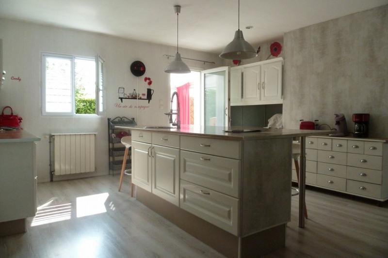 Sale house / villa Croix chapeau 288750€ - Picture 2
