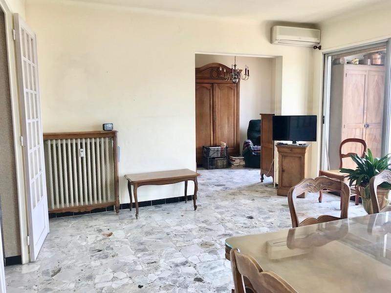 Sale apartment Arles 178000€ - Picture 2