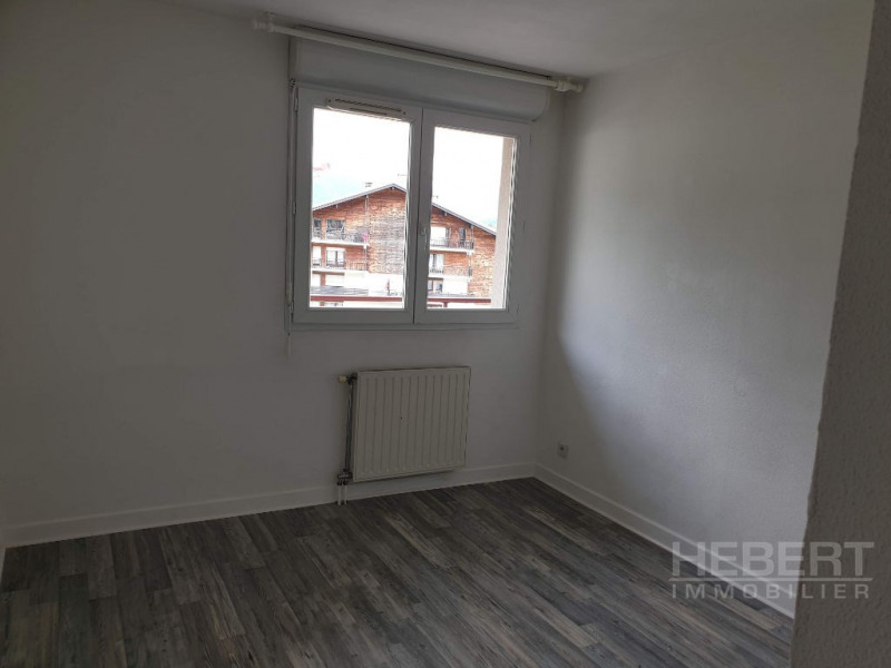 Rental apartment Sallanches 865€ CC - Picture 5