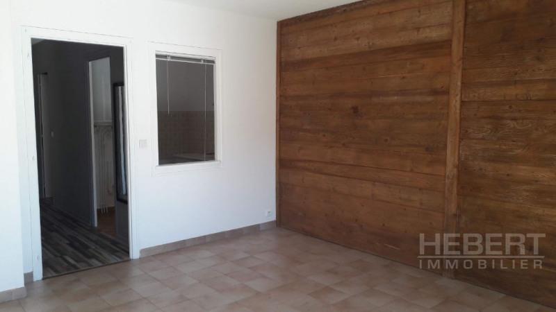 Rental apartment Sallanches 560€ CC - Picture 6
