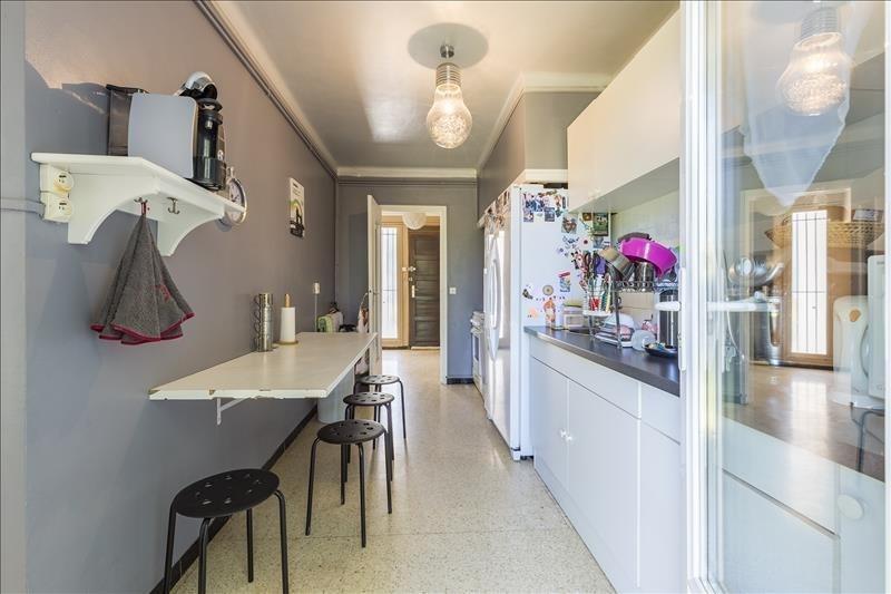 Sale house / villa Le puy ste reparade 289000€ - Picture 6