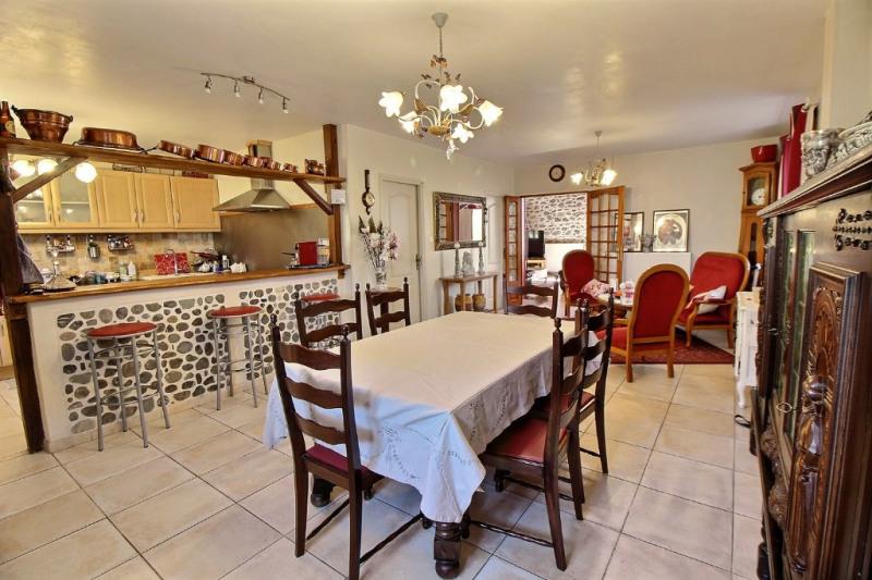 Sale house / villa Aramits 263000€ - Picture 1