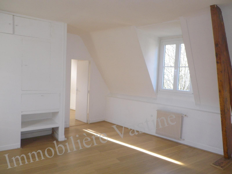 Rental apartment Senlis 695€ CC - Picture 2
