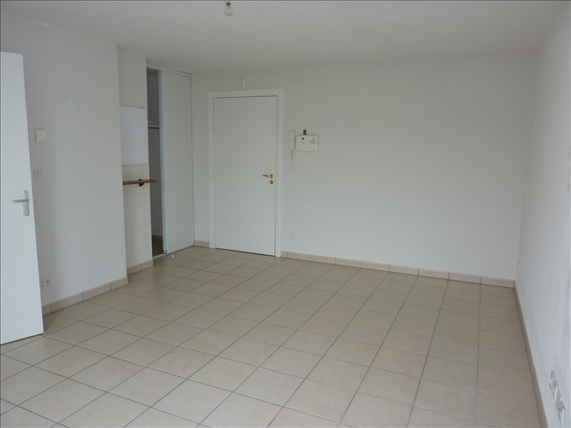 Location appartement Vendome 442€ CC - Photo 2