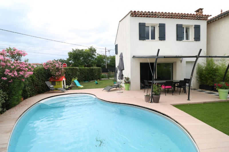 Sale house / villa Salon de provence 340 000€ - Picture 3