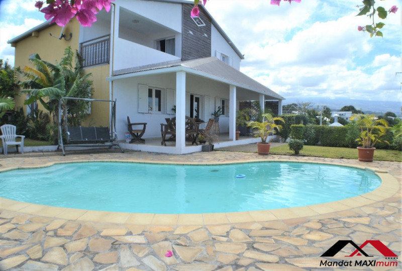 Vente maison / villa Saint louis 367 000€ - Photo 1