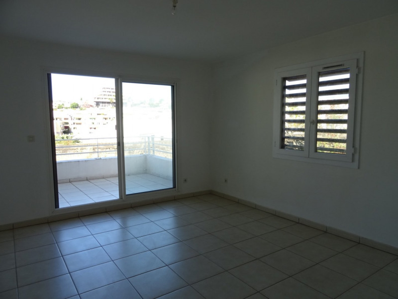 Vente appartement St denis 108000€ - Photo 1