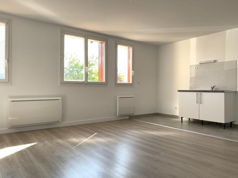 Rental apartment Montlhéry 745€ CC - Picture 1