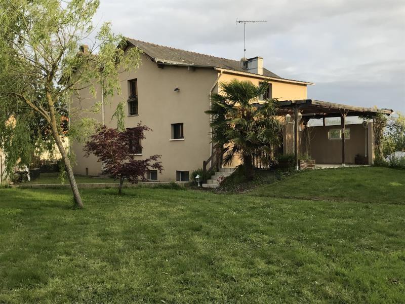 Sale house / villa Saint pierre montlimart 220900€ - Picture 7