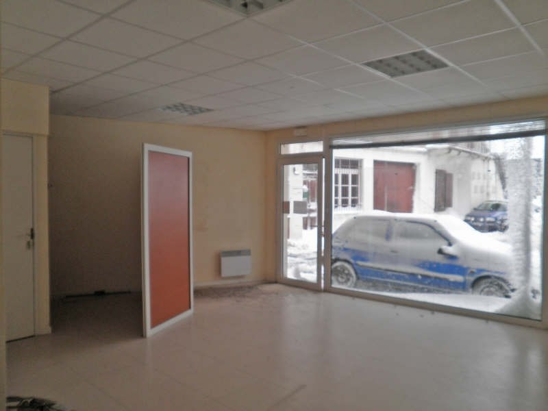Location local commercial Costaros 400€ HT/HC - Photo 2