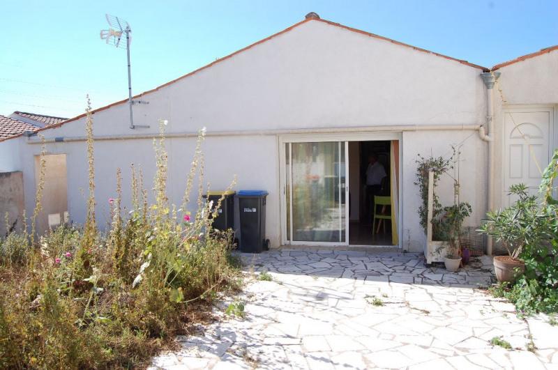 Sale apartment La rochelle 117800€ - Picture 1