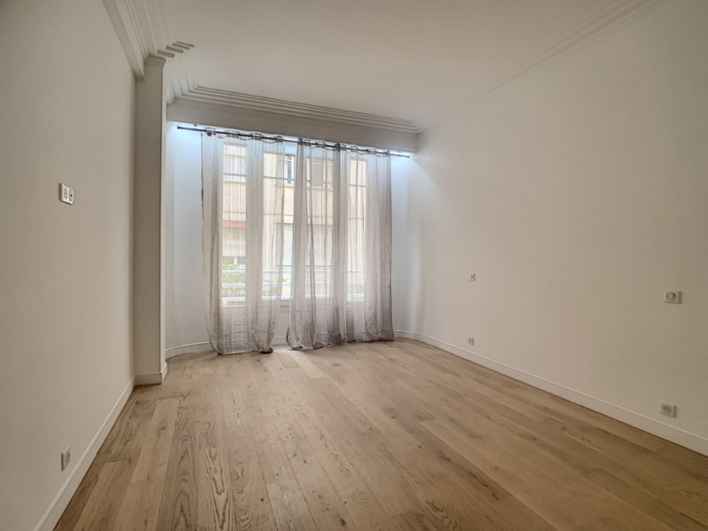 Deluxe sale apartment Nice 1 155 000€ - Picture 4