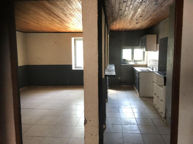 Sale house / villa Hautecourt-romanèche 90000€ - Picture 2