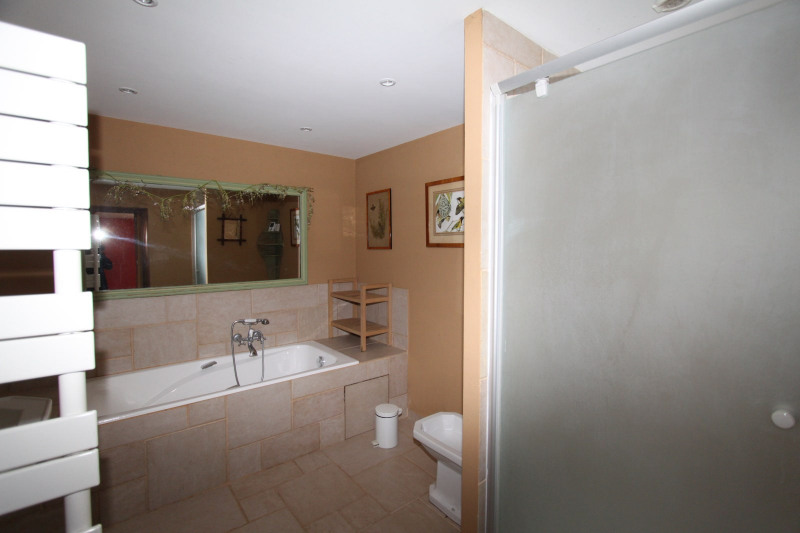 Sale house / villa Ginouillac 185000€ - Picture 11