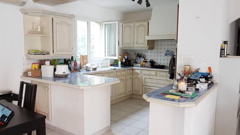 Rental house / villa Rochefort-du-gard 1550€ CC - Picture 4
