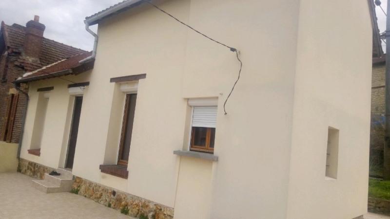 Sale house / villa Meriel 209000€ - Picture 1