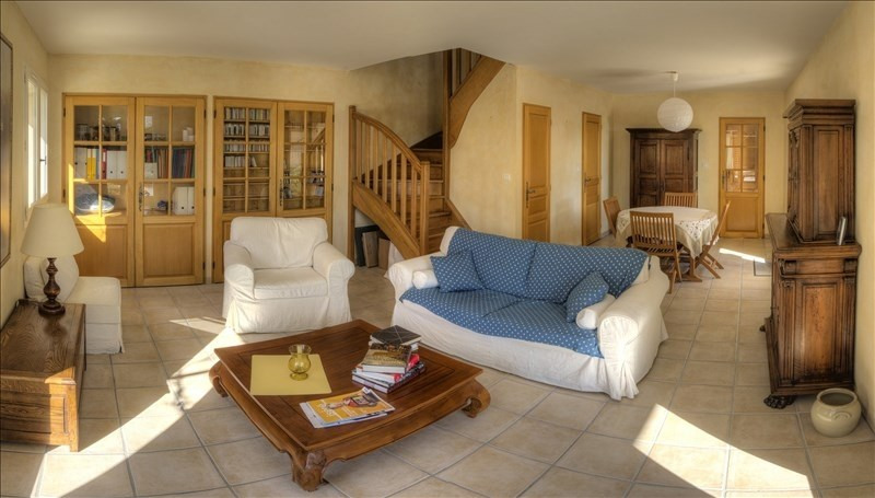 Deluxe sale house / villa Morestel 390 000€ - Picture 2
