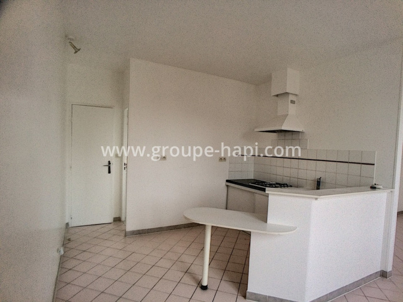 Rental apartment Pont-sainte-maxence 540€ CC - Picture 2