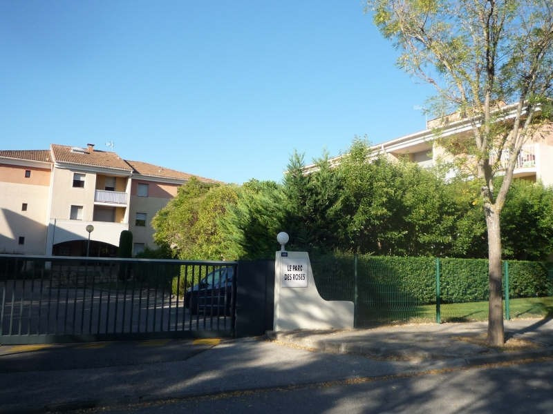 Rental apartment Aix en provence 776€ CC - Picture 1
