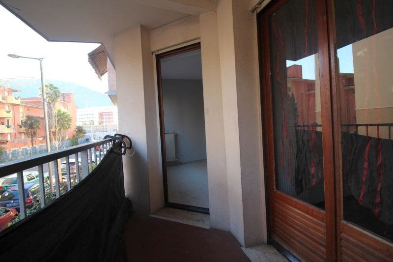 Sale apartment Nice 120 000€ - Picture 2