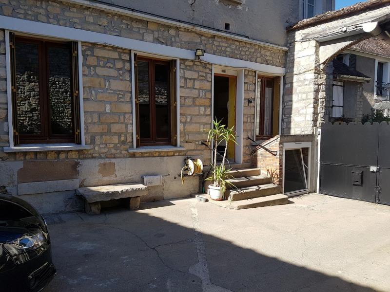 Sale house / villa Montigny-sur-loing 165000€ - Picture 1