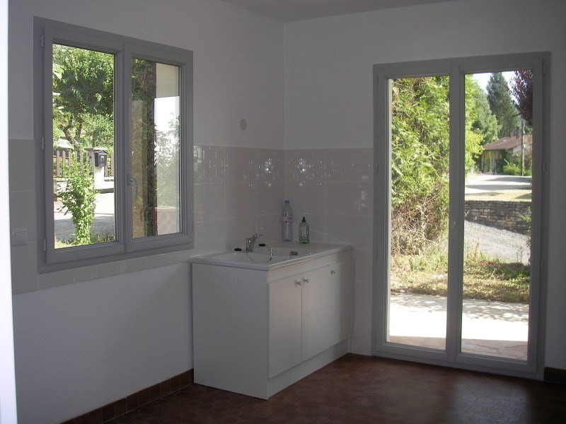 Rental apartment Jujurieux 610€ CC - Picture 3