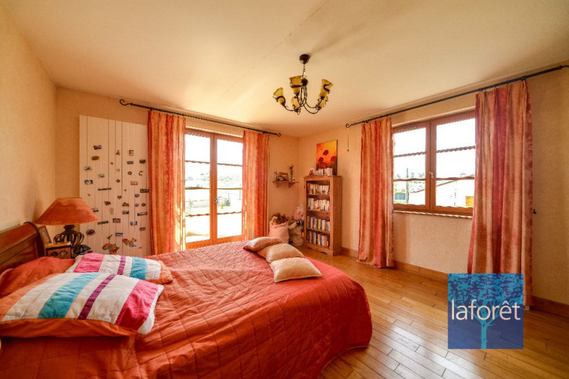 Vente maison / villa Saint etienne des oullieres 550000€ - Photo 4