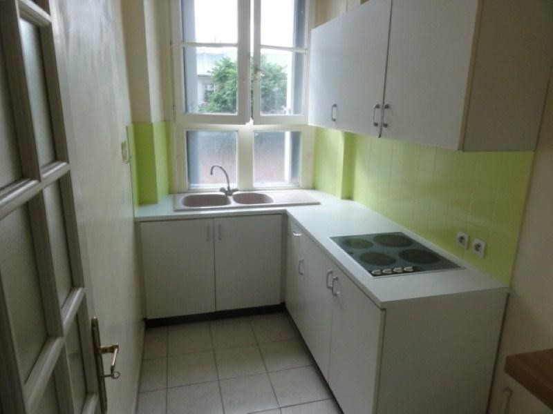 Rental apartment Versailles 995€ CC - Picture 3