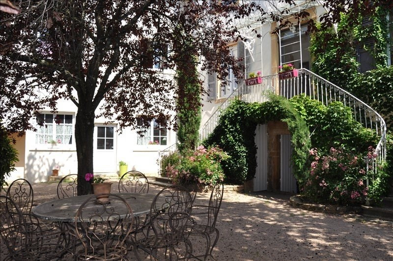 Deluxe sale house / villa Liergues 690000€ - Picture 2