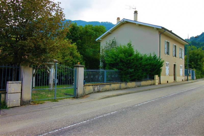 Vente maison / villa Tencin 344900€ - Photo 2
