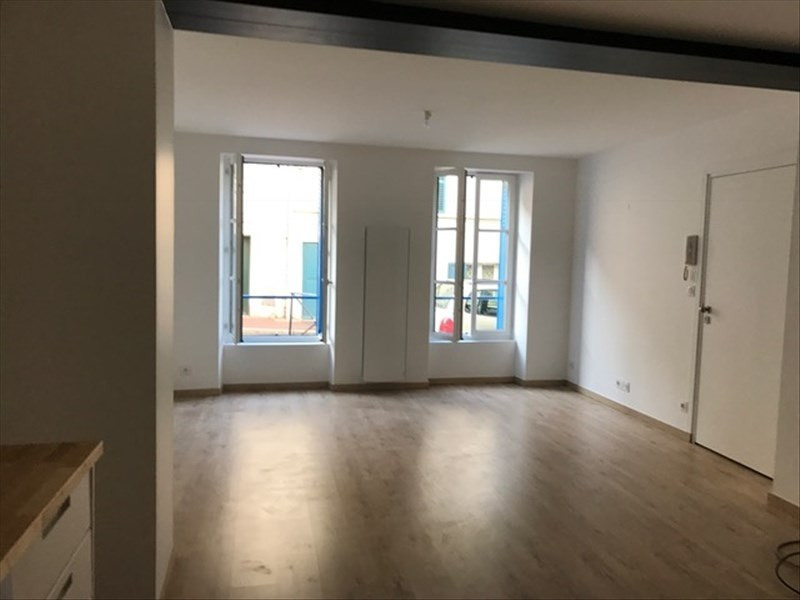 Location appartement St germain en laye 895€ CC - Photo 2