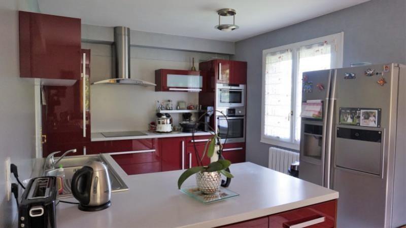Revenda casa Breval 398000€ - Fotografia 4