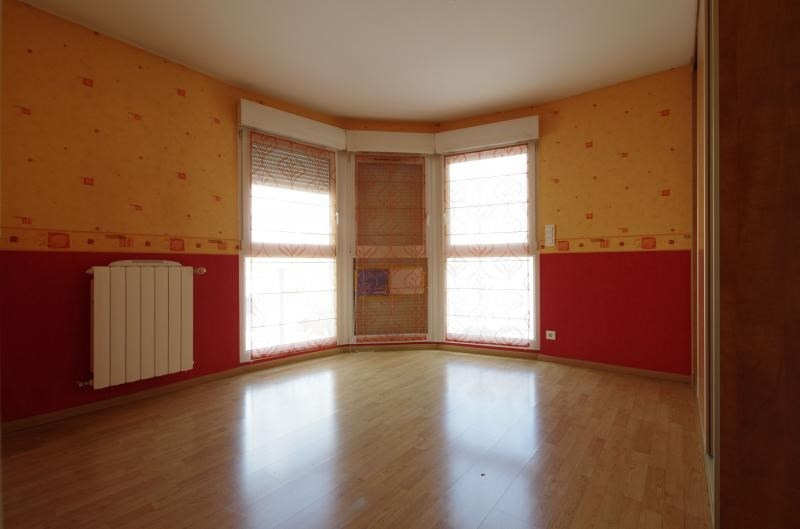 Sale apartment Montigny les metz 235 000€ - Picture 6