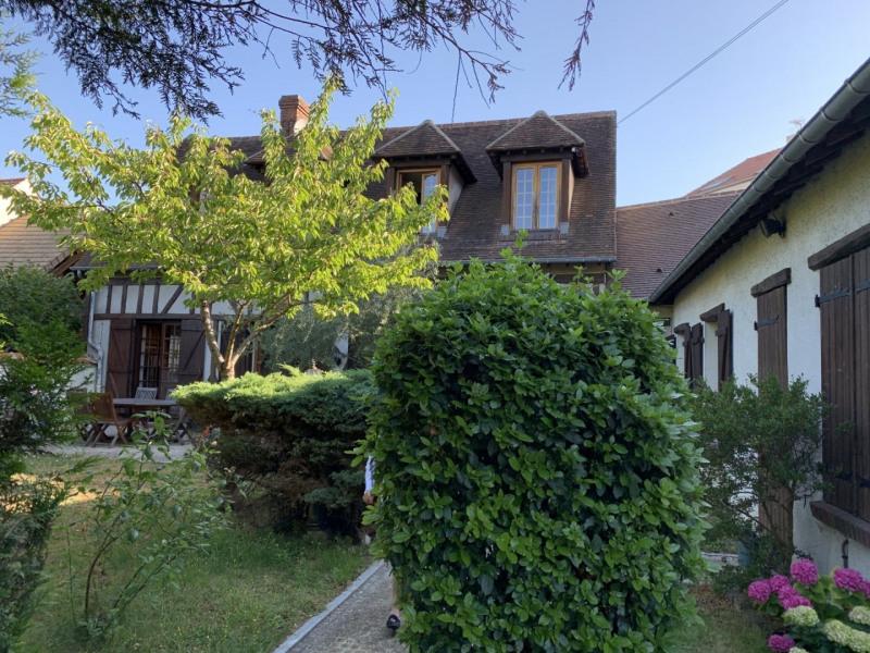 Sale house / villa Le raincy 668000€ - Picture 1