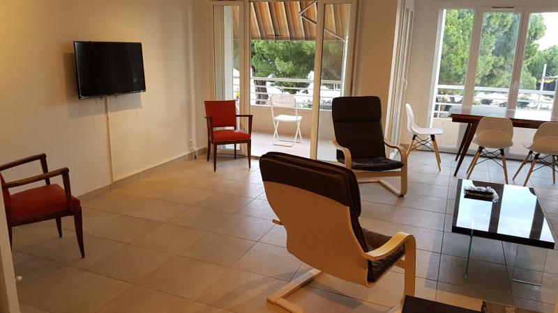 Location vacances appartement Bandol 652€ - Photo 3