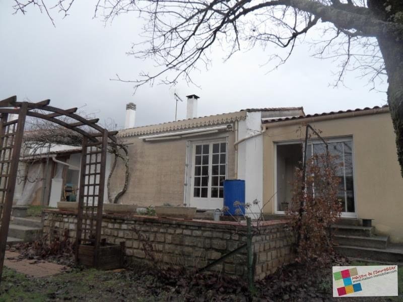 Sale house / villa Cherves richemont 128 400€ - Picture 1