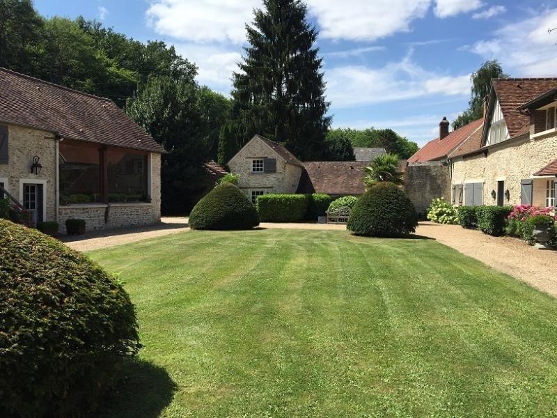 Deluxe sale house / villa Montfort l amaury 1460000€ - Picture 2