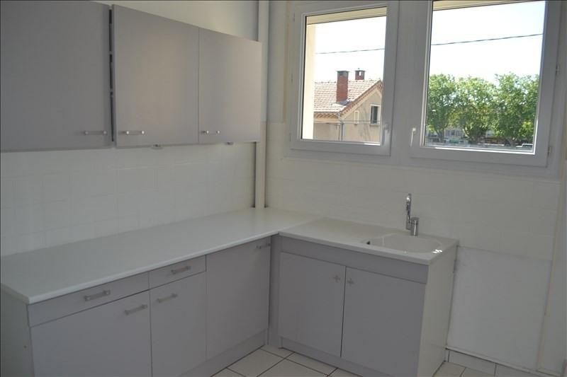 Sale apartment Montelimar 159500€ - Picture 2