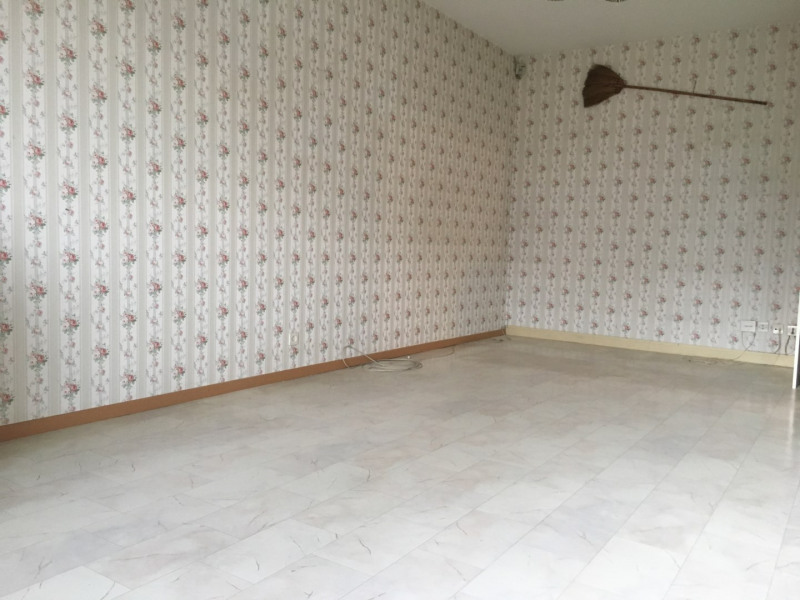 Sale apartment Lille 108 000€ - Picture 2