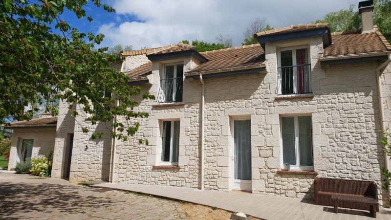 Sale house / villa Chevru 385000€ - Picture 2