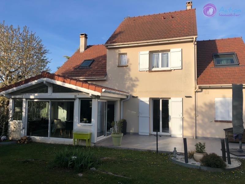 Sale house / villa Servon 457000€ - Picture 1