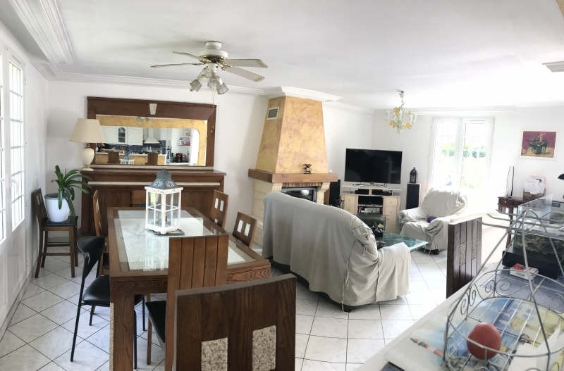 Vente maison / villa Commeny 329900€ - Photo 4
